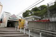 京浜急行本線 弘明寺駅