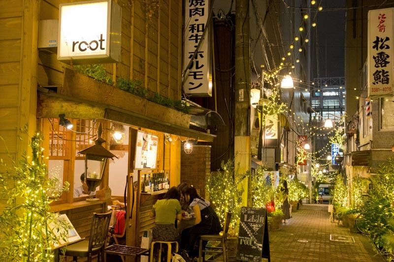 「中野」駅南口にもおしゃれな飲食店街が